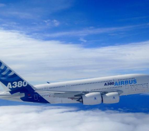 Pierwszy Airbus A380 linii British Airways