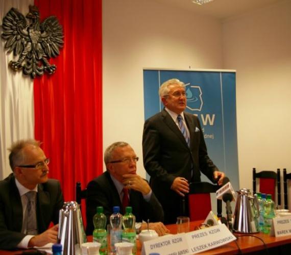 Konferencja prasowa w Regionalnym Zarządzie Gospodarki Wodnej we Wrocławiu. Fot. www.fos.wroc.p