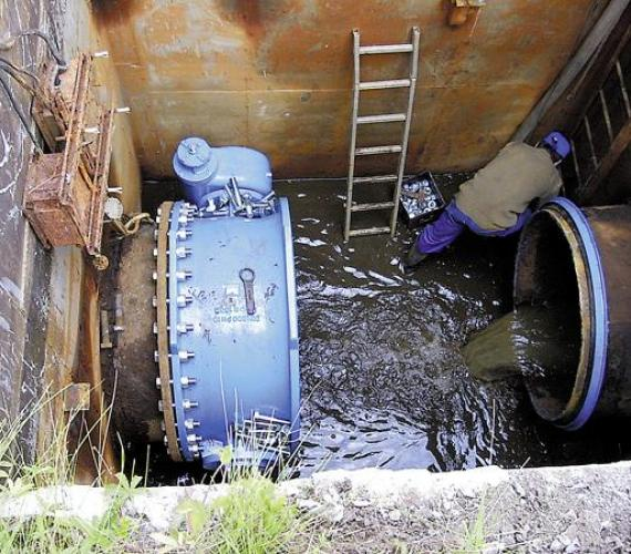 Cementowanie magistrali wodociągowej 1200 we Wrocławiu