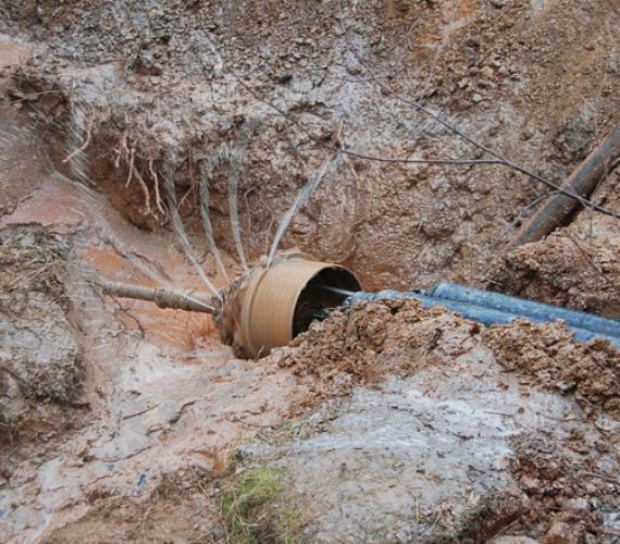 Bezwykopowa instalacja rur dla kabli wysokiego napięcia