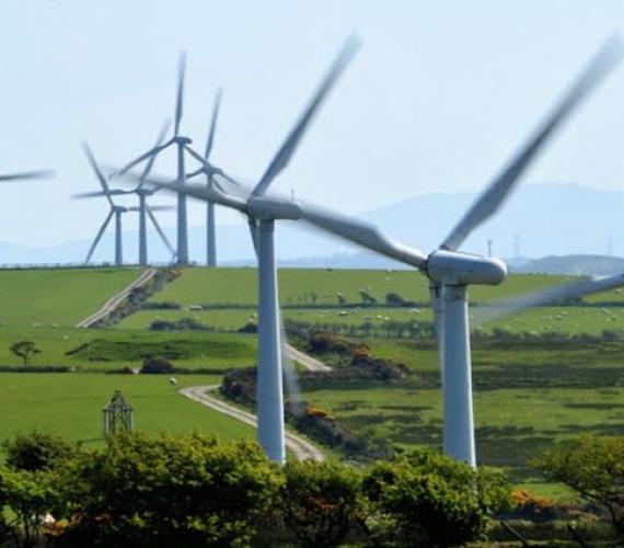 Ważny etap w budowie farmy wiatrowej Loma Blanca