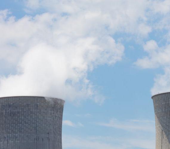 Oddalające się plany budowy elektrowni a raitingi dla Polski