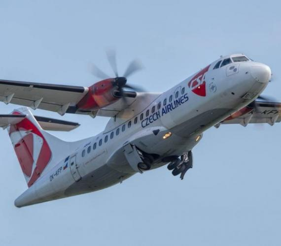 Samolot linii Czech Airlines. Fot. Port Lotniczy
