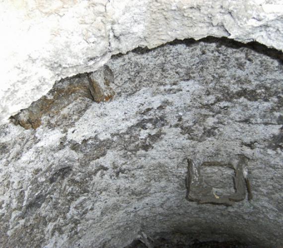 Fot. 1. | Studnia kanalizacyjna przed czyszczeniem hydrodynamicznym
