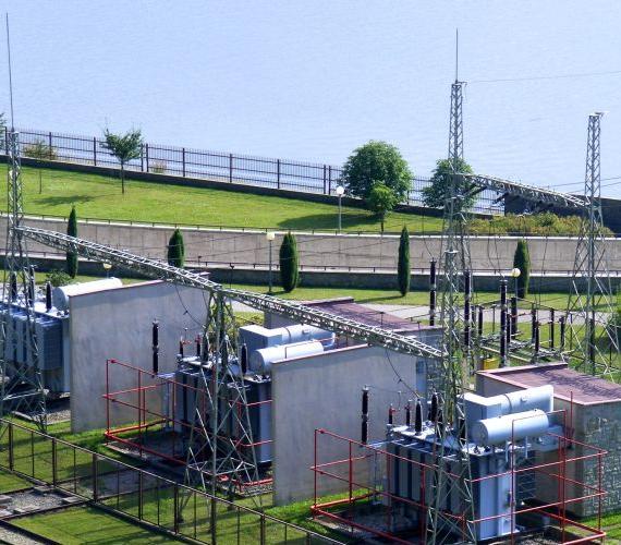Elektrownia wodna w Niedzicy. Fot. inzynieria.com