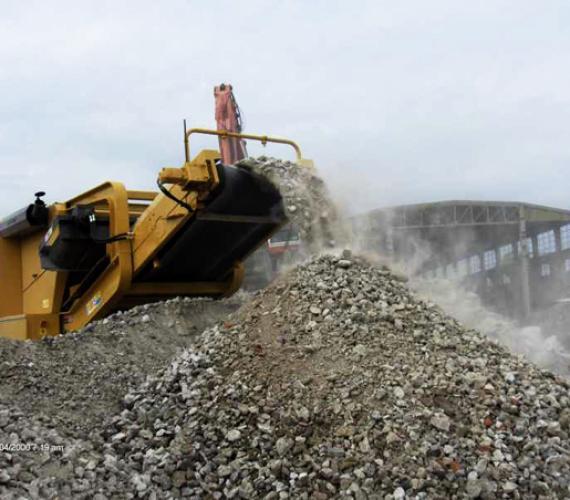 Wykorzystanie do budowy nasypów drogowych kruszyw z recyklingu odpadów budowlanych