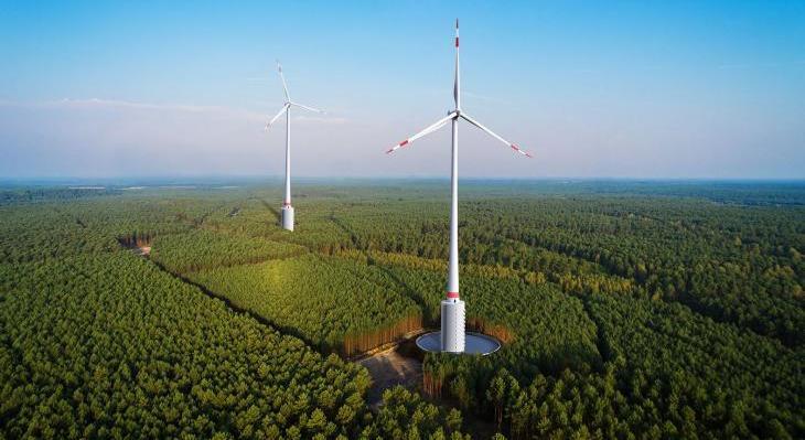 Niemcy: farma wiatrowa wyższa niż PKiN. Fot. Max Bögl