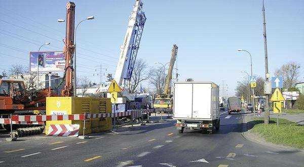 Fot. 1. Skrzyżowanie ul. Połczyńskiej i Rotundy - widok na teren budowy.