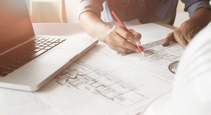 Nowe przepisy dotyczące wykonywania zawodów architekta i inżyniera budownictwa. Fot. qoppi / Shutterstock