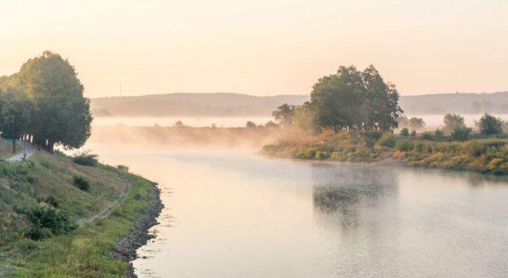 Nowe wały przecipowodziowe na Odrze. Fot. Robson90/Shutterstock