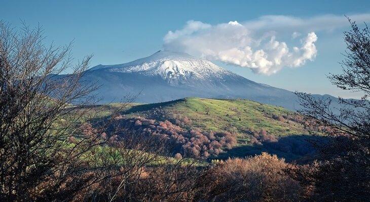 Wulkan Etna. Fot ollirg / Adobe Stock