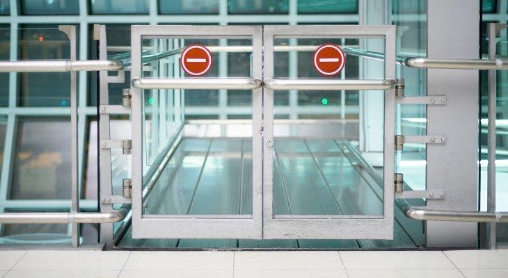 Lotnisko w Radomiu zostało zamknięte dla ruchu cywilnego. Fot. Picheat Suviyanond / Adobe Stock