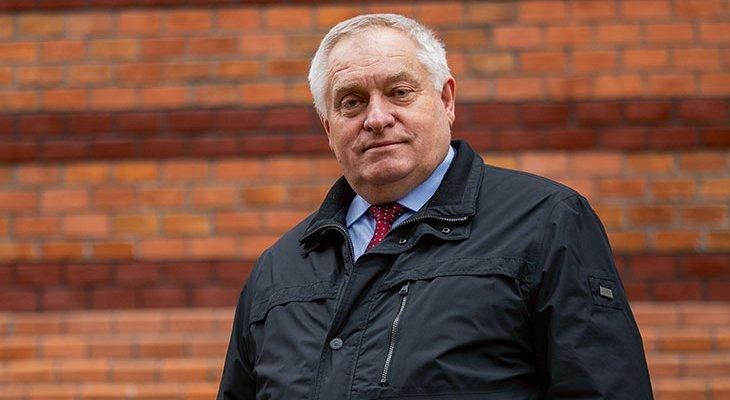 Prof. dr hab. inż. Kazimierz Furtak
