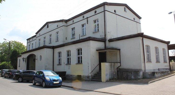 Tak obecnie wygląda dworzec w Malczycach. Fot. UW we Wrocławiu