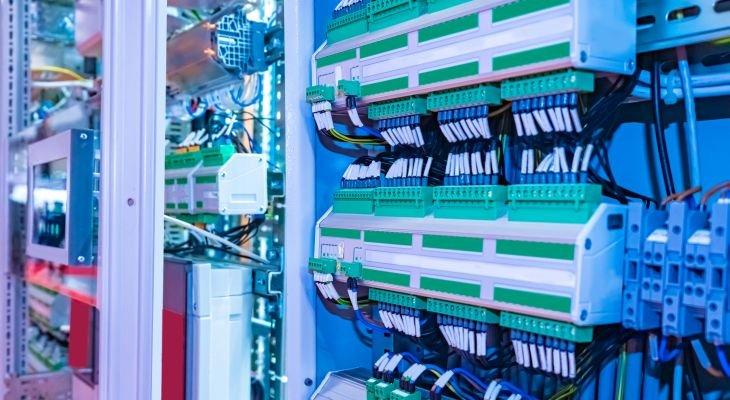 Analizator jakości energii elektrycznej. Fot. AdobeStock / Grispb
