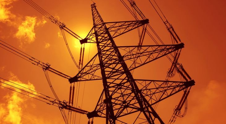 Energia elektryczna w Polsce nie jest droga. Fot. Adobe Stock / danheighton