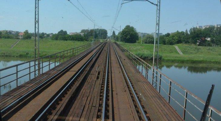 Most kolejowy nad Odrą w Opolu. Fot. PKP PLK