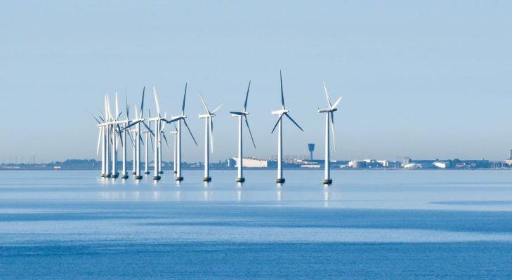 Czy Europa postawi na energię z wiatru? Fot. Adobe Stock
