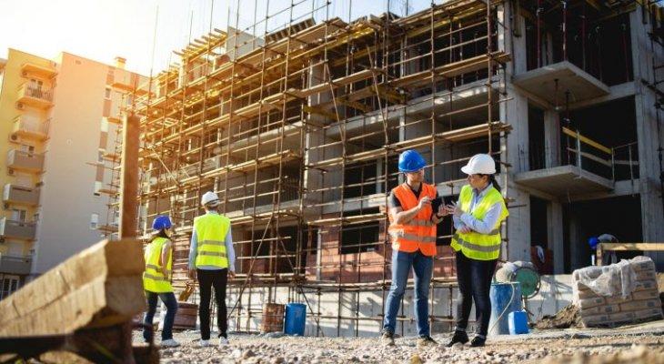 Ministerstwo Rozwoju nowelizuje prawo budowlane. Senat zgłosił poprawki. Fot. Adobe Stock