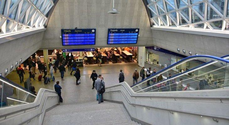 Dworzec Zachodni. Fot. Adrian Grycuk/wikimedia.org