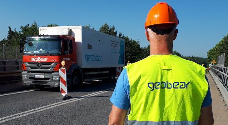 Wzmacnianie istniejącej konstrukcji oporowej w ramach budowy obwodnicy Wałcza. Fot Geobear Poland