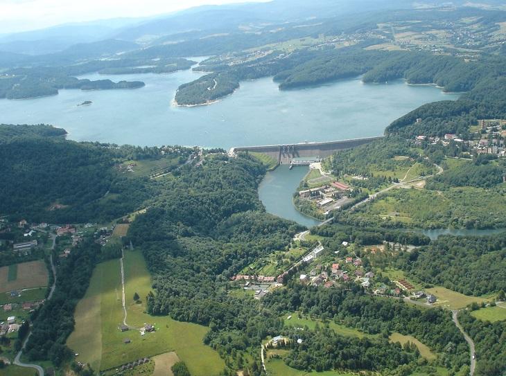 Największy sztuczny zbiornik wodny w Polsce