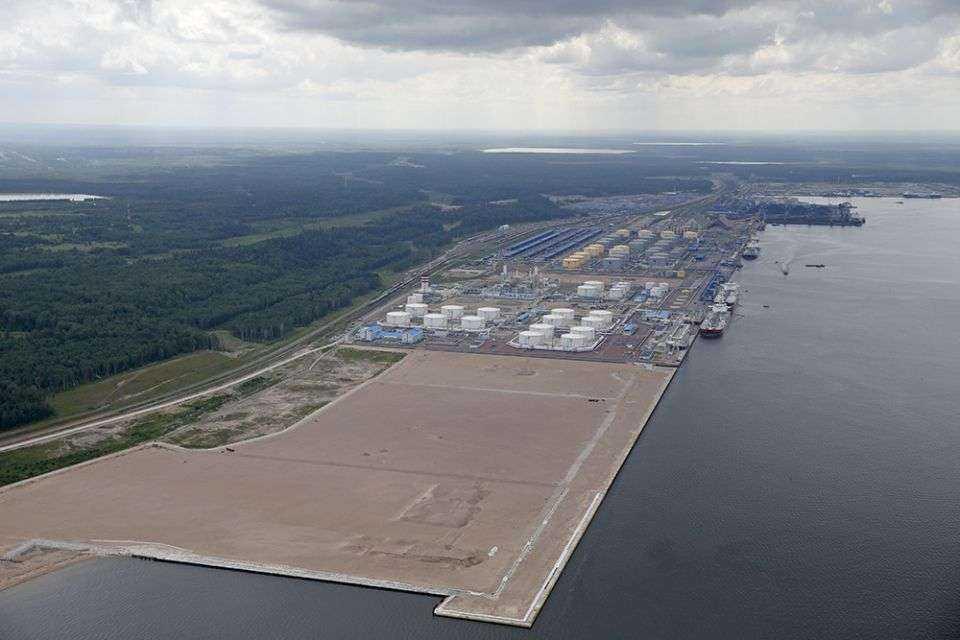 W tym porcie jest już terminal naftowy i węglowy, a będzie też zakład produkcji LNG