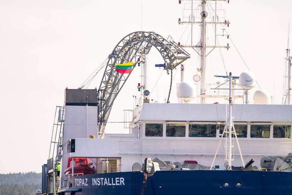 Trwa układanie podmorskiego kabla NordBalt