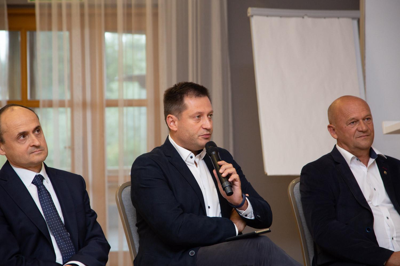 Panel dyskusyjny podczas Hydro Forum. Fot. inzynieria.com