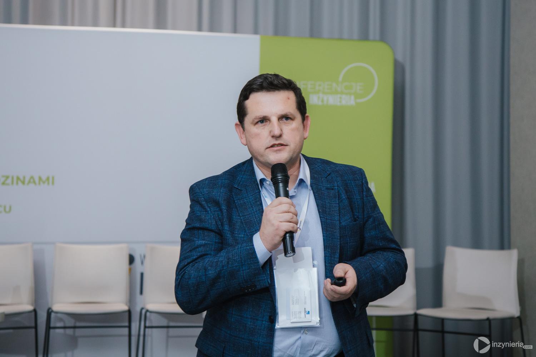 """Sebastian Kasparek, AARSLEFF sp. z o.o. IV Konferencja """"Renowacja Wykładzinami (Rękawami) Utwardzanymi na Miejscu"""". Fot. Quality Studio dla www.inzynieria.com"""