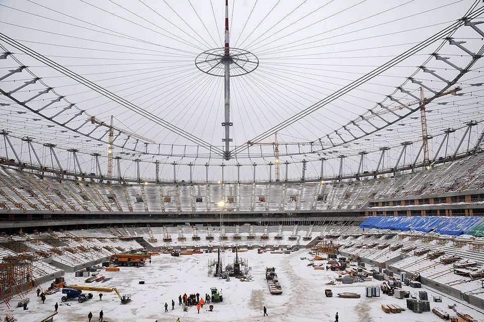 Operacja Big Lift na Stadionie Narodowym