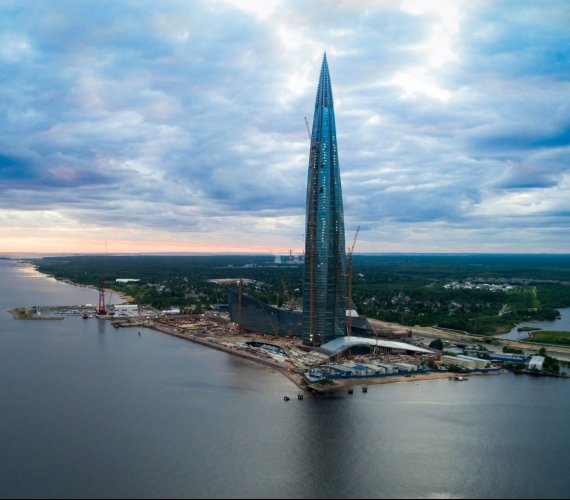 """""""Gazprom Tower"""" w budowie. Jak powstaje Lakhta Center?"""