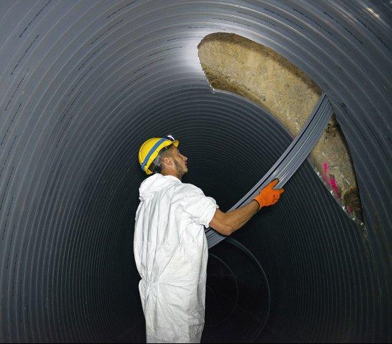 Warszawa: renowacja kanału burzowego w technologii SPR