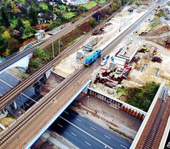 Pomyślne próby obciążeniowe wiaduktów kolejowych w Krakowie