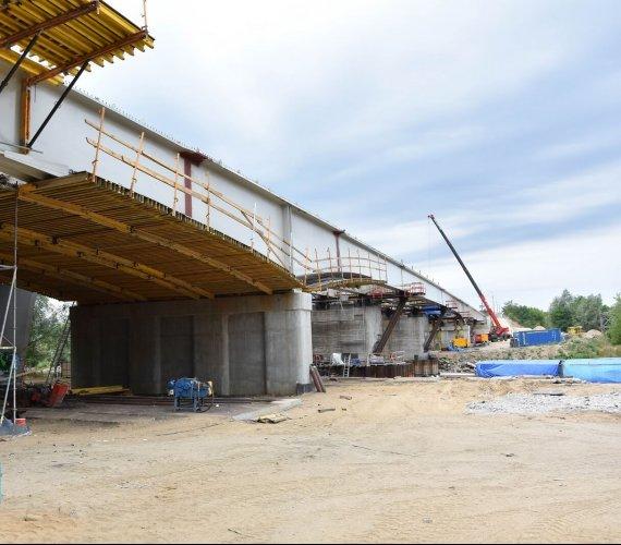 Most Lecha w Poznaniu z nową, stalową konstrukcją