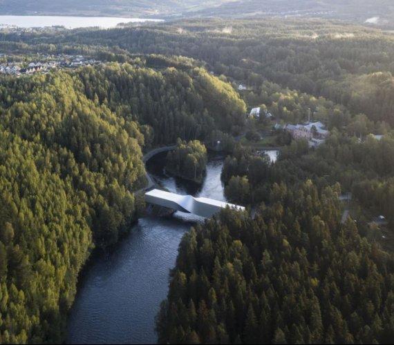 Hybrydowy budynek-most. Projekt muzeum w Norwegii