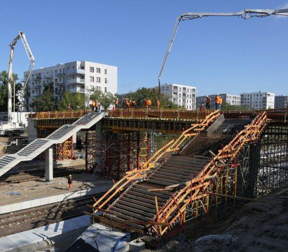 Kończy się budowa przystanku Warszawa Powązki