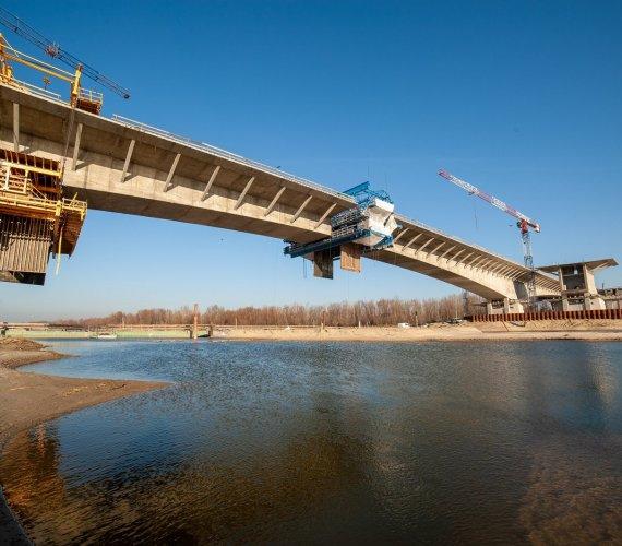 S2: budowa najdłuższego mostu w Warszawie