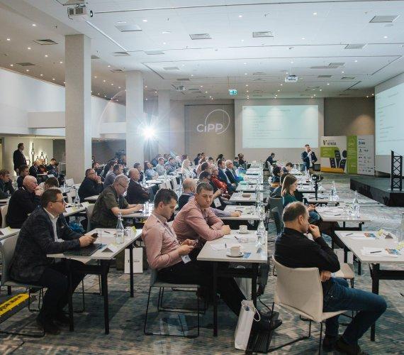 """IV Konferencja """"Renowacja Wykładzinami (Rękawami) Utwardzanymi na Miejscu"""" – fotorelacja"""