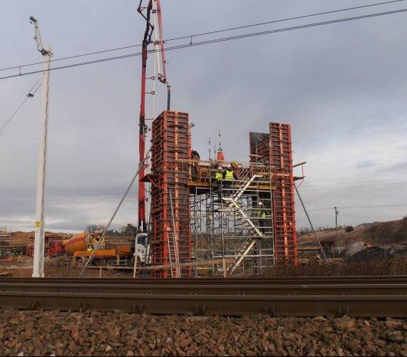 Budowa drogi S7 na północ od Krakowa