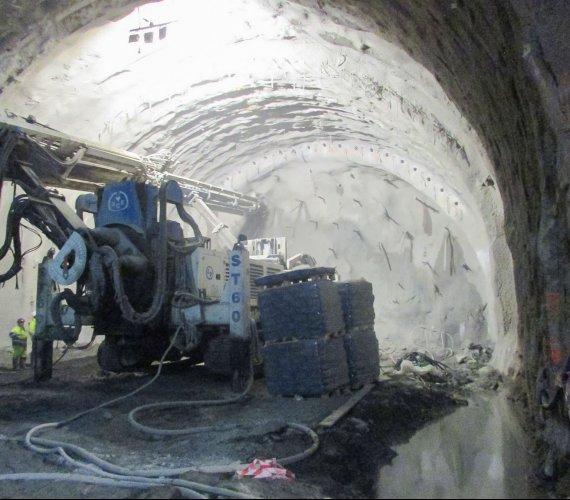 S7–Zakopianka: najnowsze zdjęcia z budowy tunelu