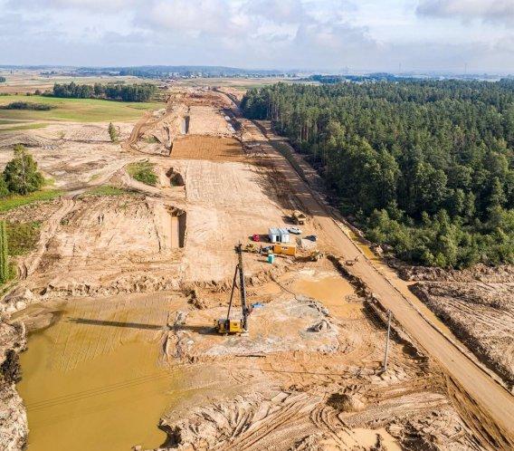 Pół roku budowy drogi S61 Szczuczyn–Ełk