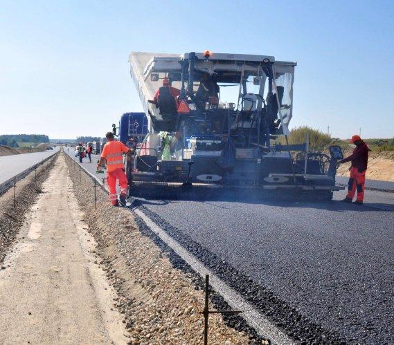 Via Carpatia: zaawansowane prace na budowie S19 Kraśnik-Lasy Janowskie