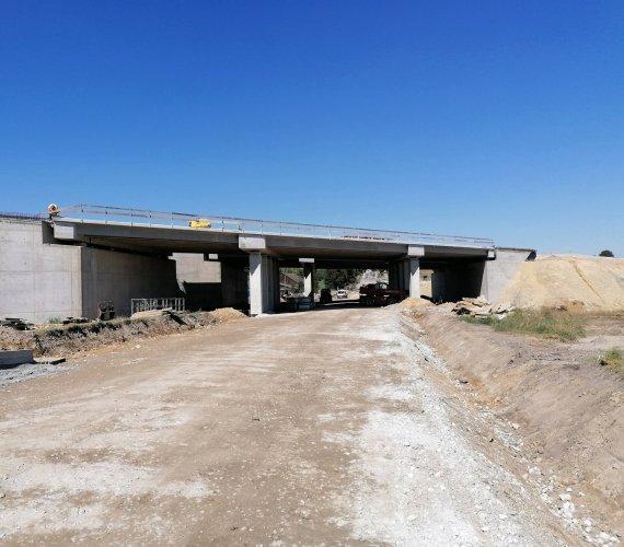 Budowa S7: obiekty mostowe na trasie Szczepanowice–Widoma