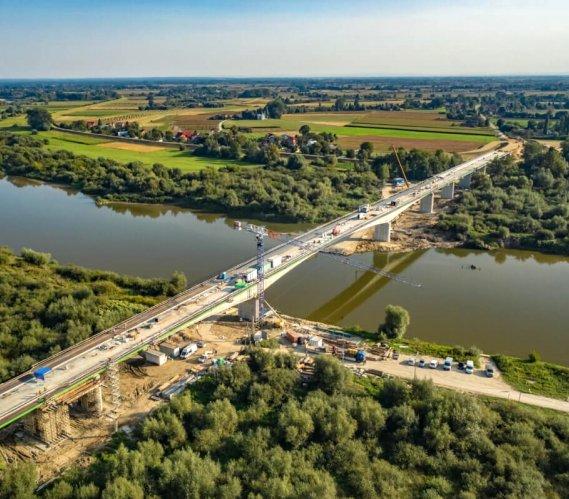 Most, który połączy dwa województwa, prawie gotowy