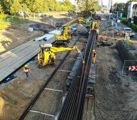 Poznań: pierwsze szyny linii tramwajowej do Naramowic