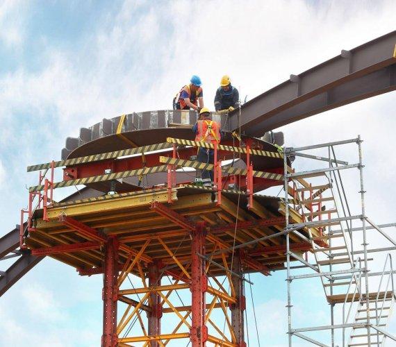 Aldesa – szybka budowa dwóch olbrzymich zbiorników