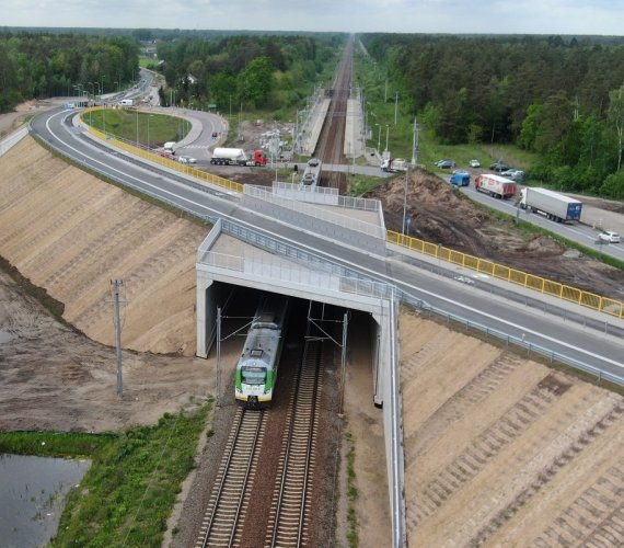 Rail Baltica: oddano do użytku wiadukt drogowy w Toporze na Mazowszu