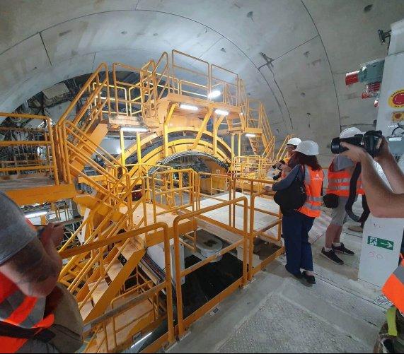 Tunel pod Świną ma już 1 km – najnowsze zdjęcia