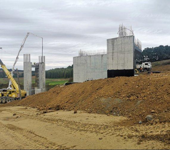 Minął rok budowy drogi odcinka S7 do Krakowa
